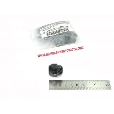 Гайка 40224-43N0A 4022443N0A Nissan главина